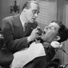Чемвредны зубные импланты
